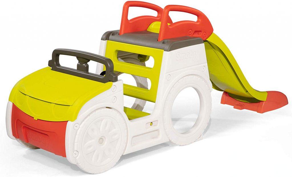La voiture Smoby adventure car dispose d'un toboggan à l'arrière du véhicule.