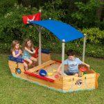 Le bac à sable est un jeu de plein air qui offre de multiples avantages pour les enfants.