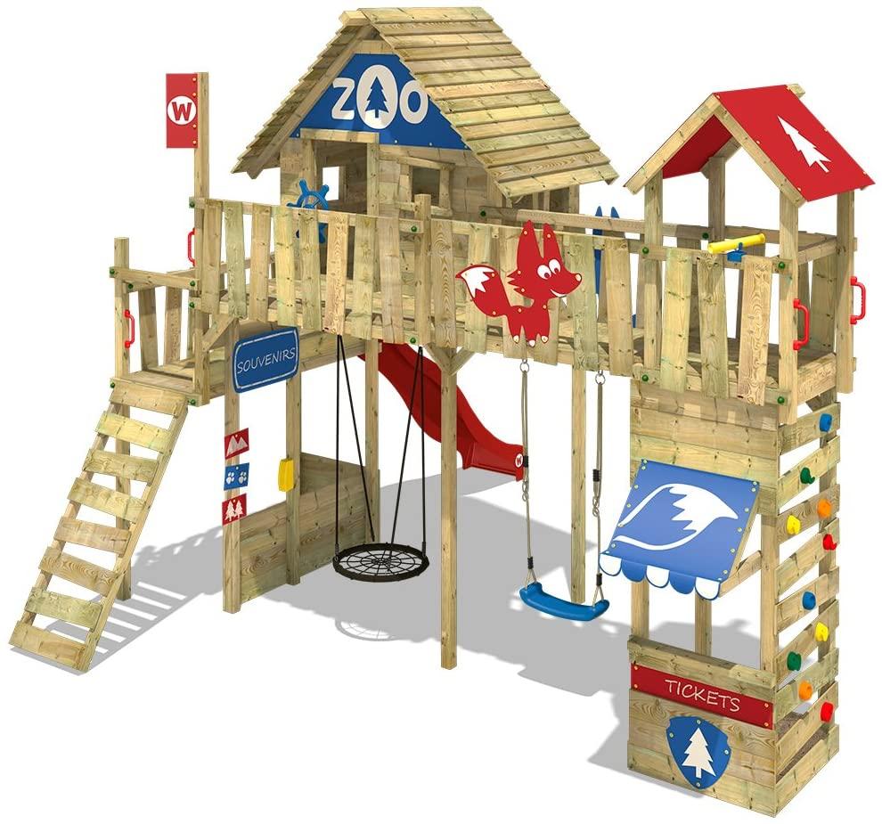Cette aire de jeux Wickey possède un nid d'oiseau et une balançoire.